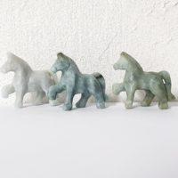 Pferd Jade (Jadeit) 47x42mm grünlich